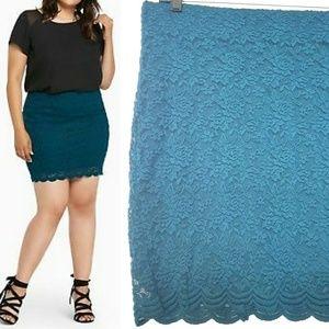 0X Torrid Teal Lace Mini Skirt NWOT